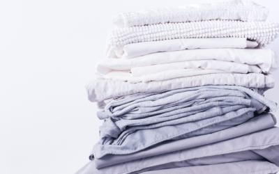 De verschillen tussen katoen, polyester, zijde en andere stoffen