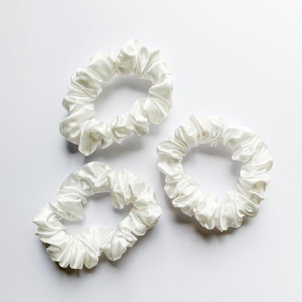zijden scrunchie wit